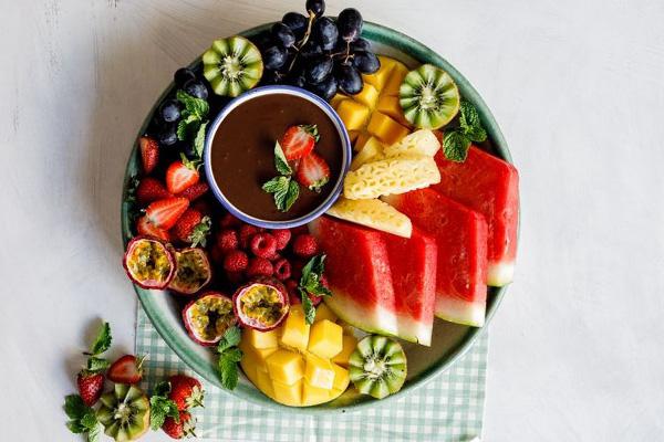در ماه رمضان چی بخوریم که تشنه نشویم