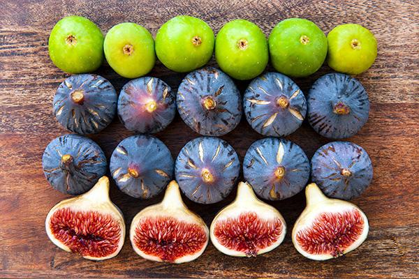 انجیر میوه های تابستانی