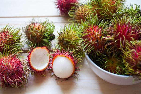رامبوتان یا میوه مژکی ، میوه های استوایی عجیب