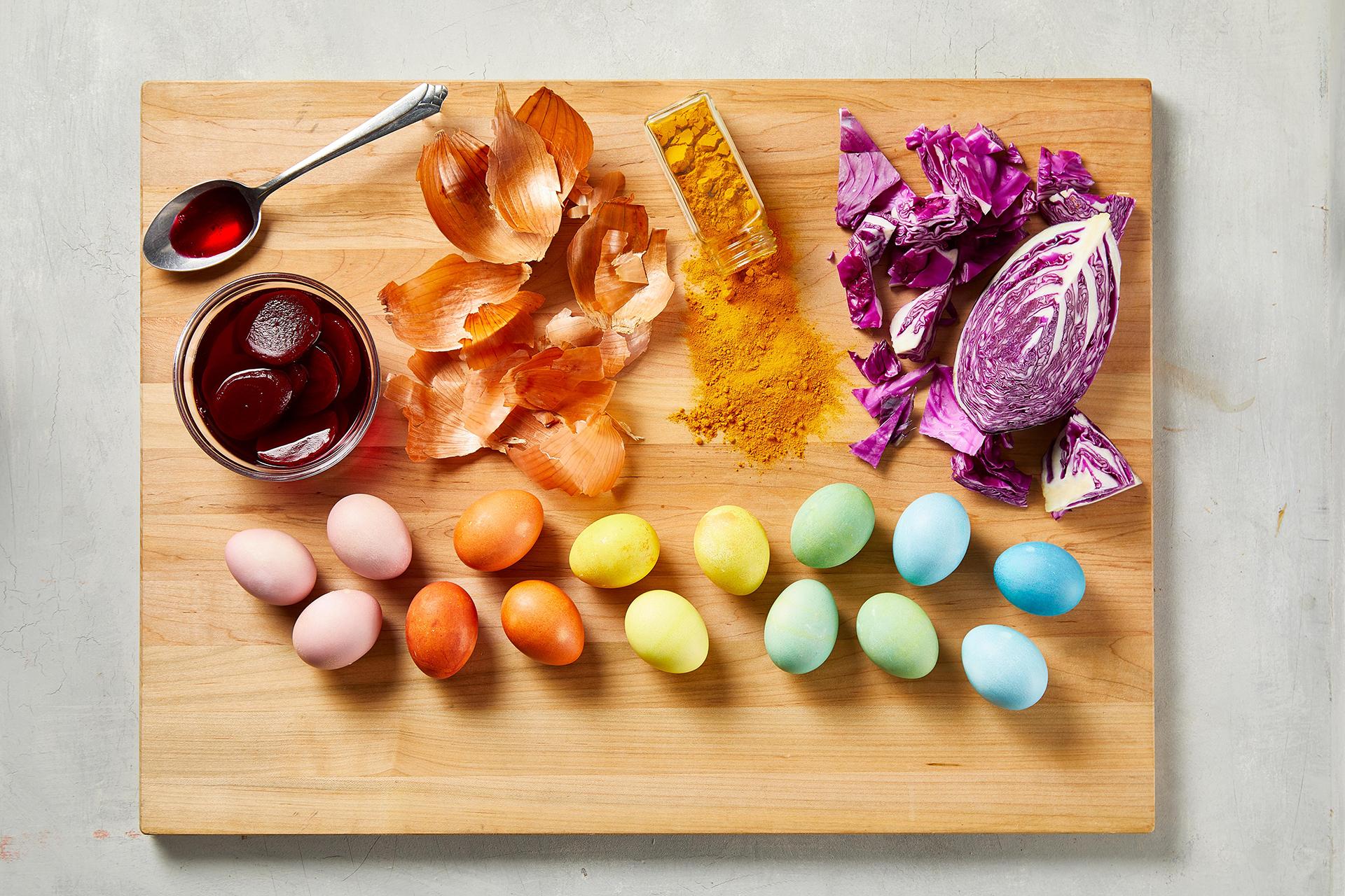 رنگ کردن تخم مرغ با رنگ طبیعی